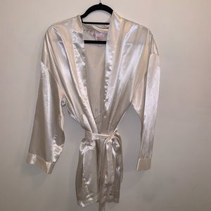 Victoria's Secret Robe (One Size)